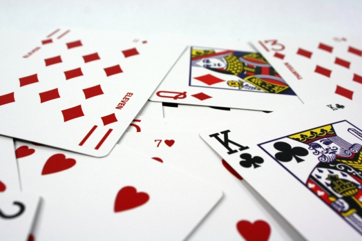 two2six-pile-cards